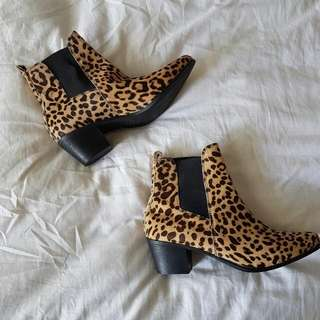 Witchery leopard Print Boots