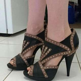 Leather SIREN Heels Size 39