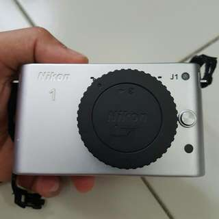 Nikon J1 Camera
