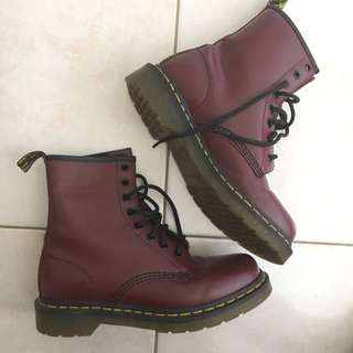 Dr Martens Cherry Red - Size UK5