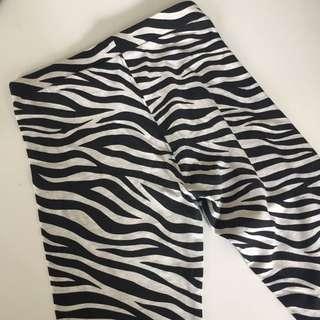 H&M Zebra Printed Legging