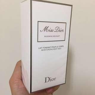 Miss Dior芬芳潤膚乳(出清)