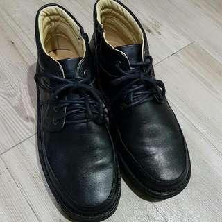 台灣製造高筒皮鞋