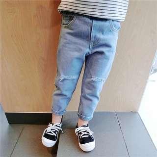 👦🏻👧🏻✨破洞牛仔褲✨