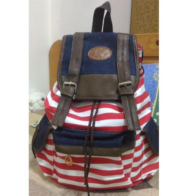 #我有後背包要賣 英倫風紅白條紋帆布包