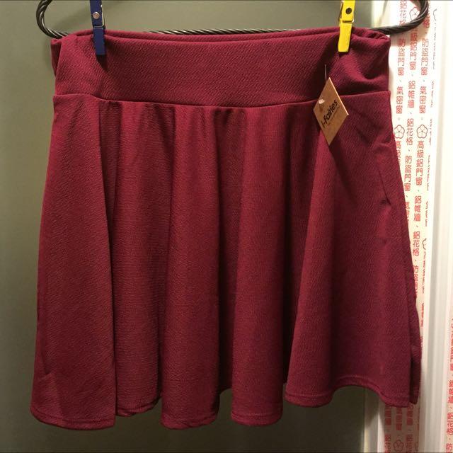 全新酒紅色圓裙