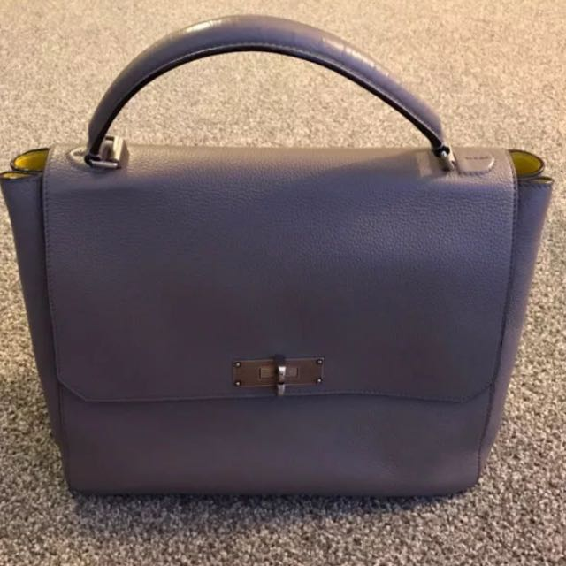 Bally B Turn Medium Career Bag