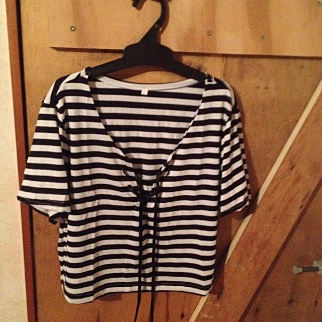 Black & White Strip Lace Up Crop Top