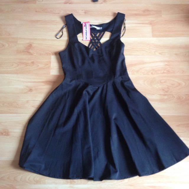 Black Mombasa Rose Boutique Dress With Heart Cut Out Back Size 6