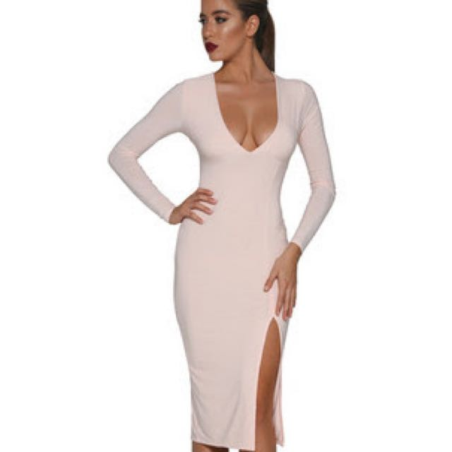 Dress Blush Long Sleeve V