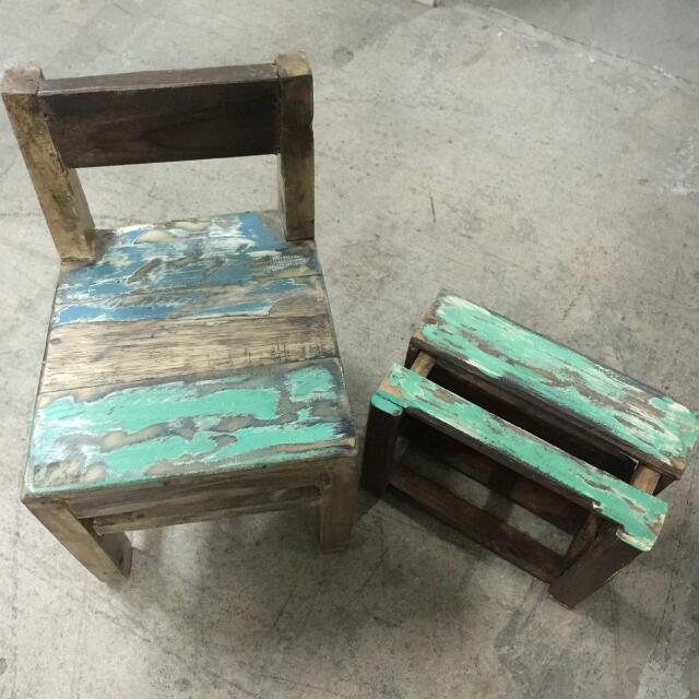 Chair & Crate Box