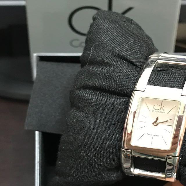 CK質感銀手錶,鍊錶
