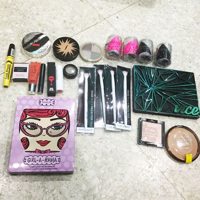 CLEARANCE 100% AUTHENTIC MAKEUPS!