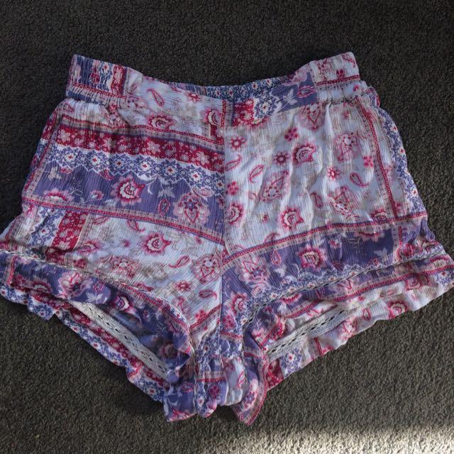 Cute Volcom Shorts
