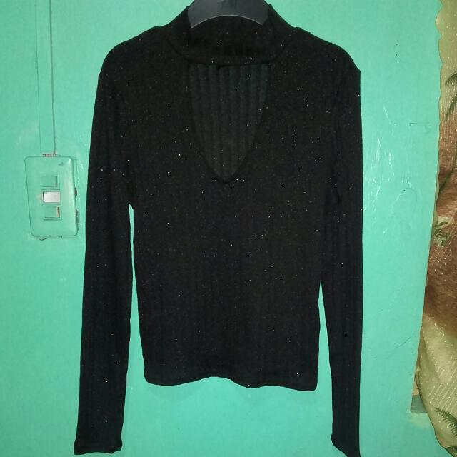 Divided long sleeve glittery blouse