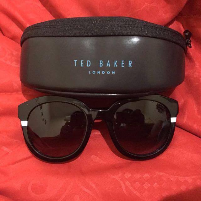Kacamata Hitam Ted Baker Asli