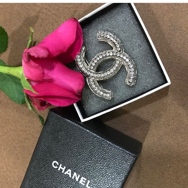 LOOKING FOR Chanel Brooch Authentic Only