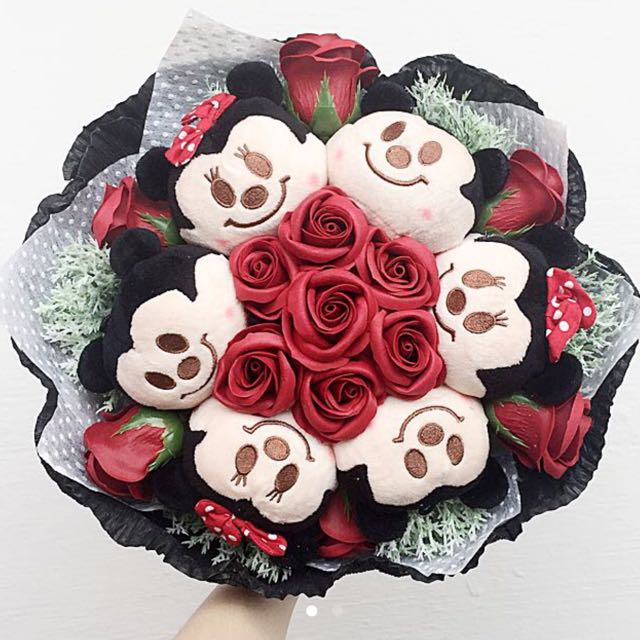 Popular MICKEY MOUSE & MINNIE MOUSE ROSE SOAP BOUQUET, Everything Else on  LS73