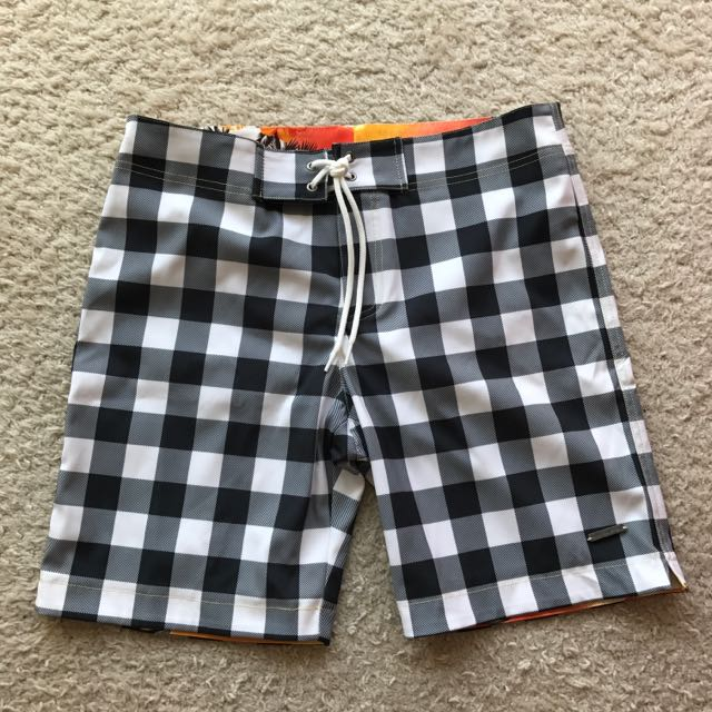 NEVER BEEN WORN Parke & Ronen Men's Swim Shorts