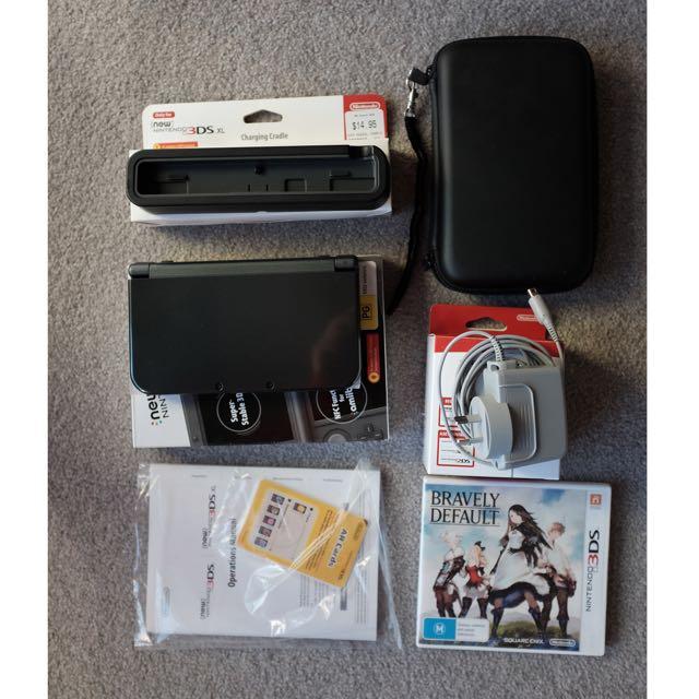New Nintendo 3DS XL Metallic Black Full Set + 1 Game + Carry Case