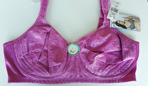 Playtex 18 Hour Ultimate Lift & Support Wirefree Bra 4745 Fushia Berry