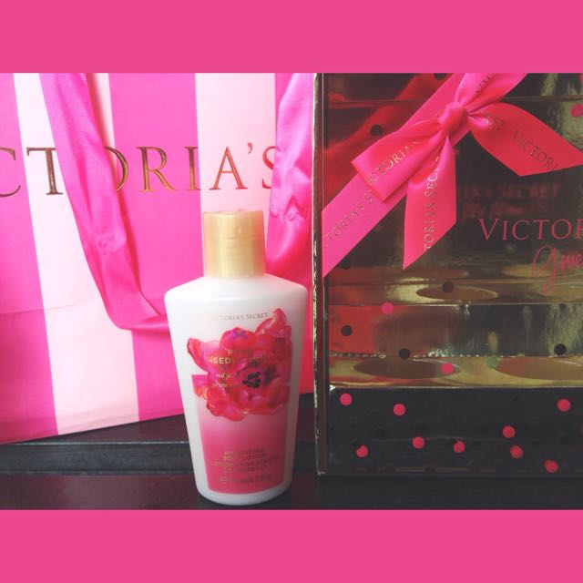 🎀REPRICE! Victoria Secret Body Lotion Pure Seduction