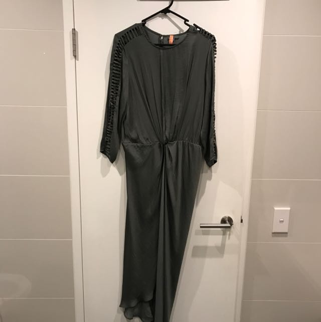 SHEIKE SILKY GREEN DRESS