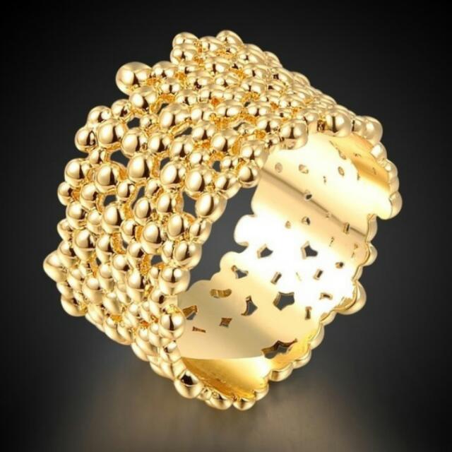 Trending Ring. Gold Nugget Look.  18k GP. Sz 6 Size Detail 1.3cm