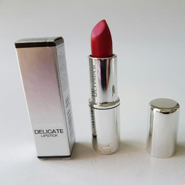Ultima Delicate Lipstick Fuschia
