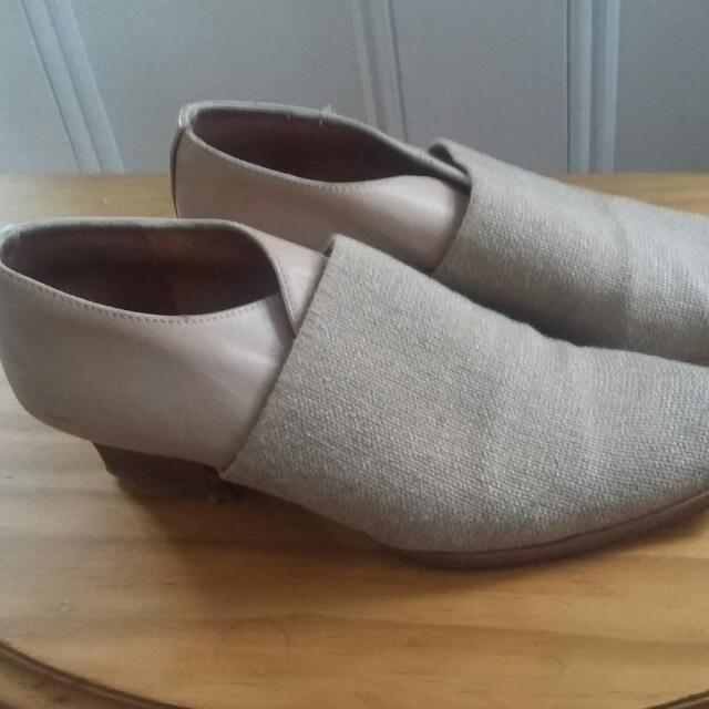 Vintage Style Spanish Shoes