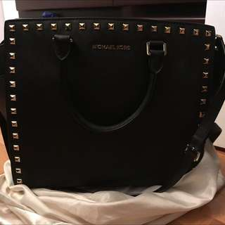 BRAND NEW CONDITION Michael Kors Large Purse