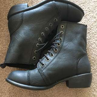 Sz5 Roc Boots