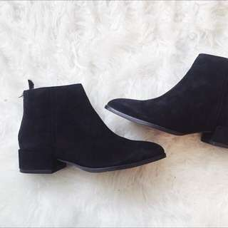 H&M 100% Suede boots