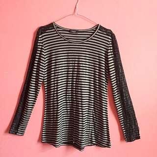 Minimal Stripe Top / Atasan Garis Garis / Kaos Garis Garis