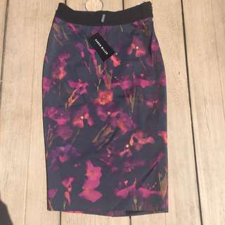 Karen Millen Pencil Skirt Size UK 10 / US 6 / EU 38