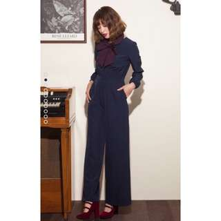 降)Marjorie 愛倫坡 大領結長袖修身連身褲 藍