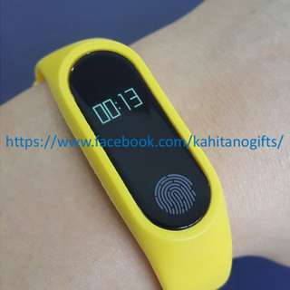M2 Fit Band Fitness tracker (competitor of mi band. fitbit. jawbone)
