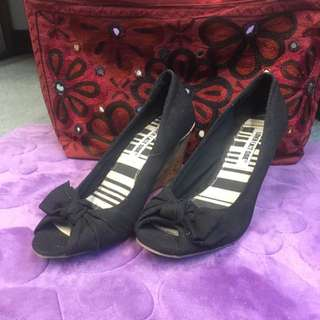 Payless Black Casual Shoes Size 7