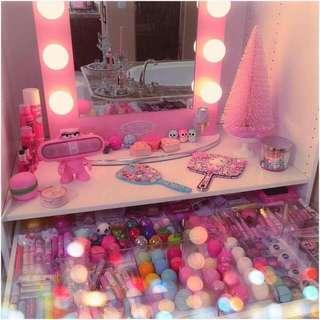***CLEARING STOCK !!!***Pink Vanity Mirror
