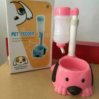 Character Pet Feeder for Dogs and Cats