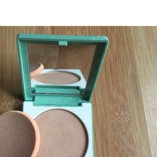 Clinique Superpower Double Face Makeup