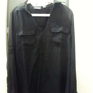 H&M - Kemeja Hitam Lengan Panjang (Long Sleeves Black Shirt)