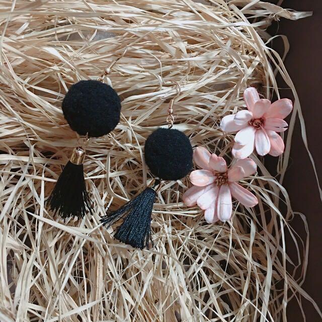 毛毛球耳環 (黑色)✨