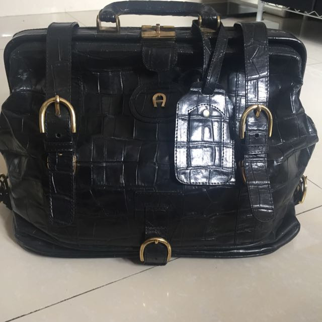 Aigner Buckle Bag