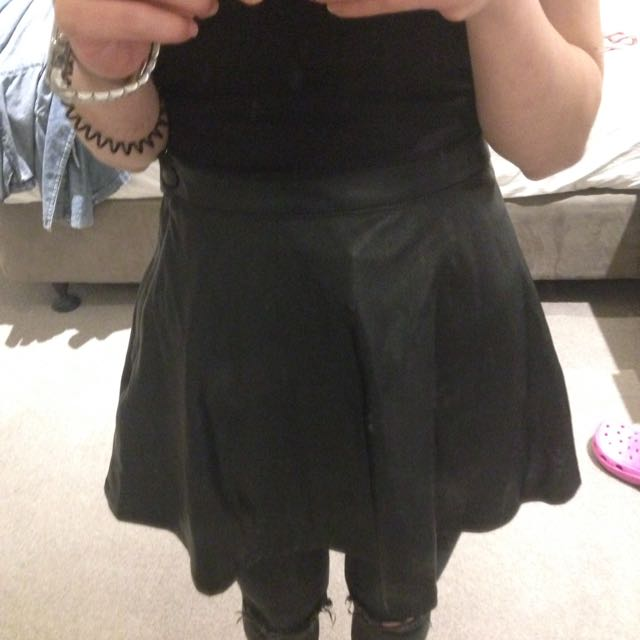 American Apperl Faux Leather Skirt