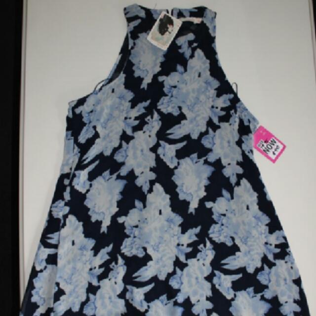 Blue Flower Dress Size 10 DONT ASK AMANDA Brand