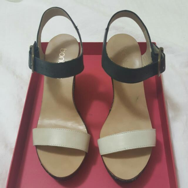 Bonbons Wedge Shoe (Size 37)