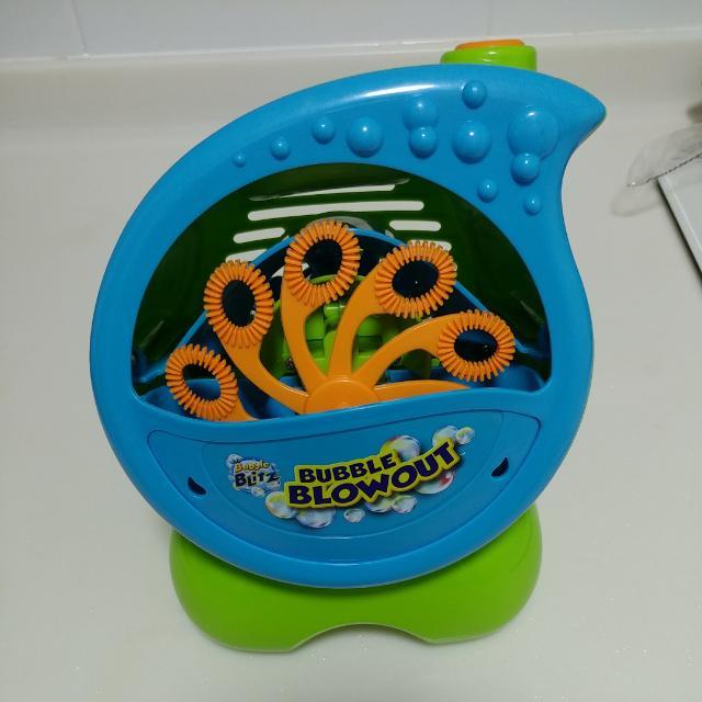 Bubble Blitz Bubble Blowout Machine Toys Games Bricks