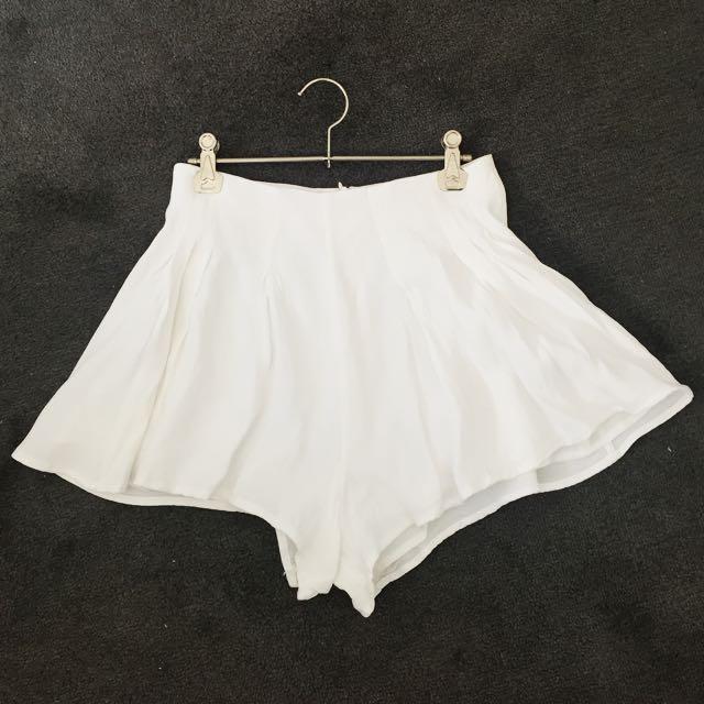 C/MEO White Shorts