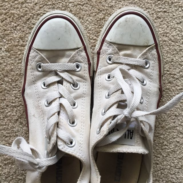 Converse White Low Cuts